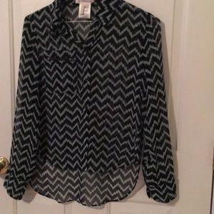 BCBG hi-low chevron blouse (s)